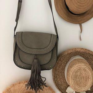 Steve Madden cross body big tassel handbag purse